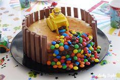 Hedgehog birthday cake – Birthday truffles: easy, authentic and enjoyable concepts Birthday Snacks, 60th Birthday Cakes, 5th Birthday, Lyon, Smarties Cake, Paw Patrol Birthday Cake, Funny Cake, Birthday Cake Decorating, Cakes For Boys