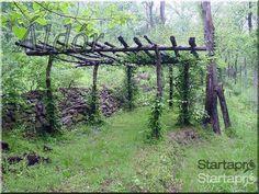 Pergola, pergola construction, rustic shade in the garden - garden edging ----------------- boards, Rustic Pergola, Backyard Pergola, Pergola Plans, Backyard Landscaping, Cheap Pergola, Pergola Ideas, Pergola Kits, Gazebo, Wood Pergola