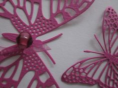 3D paper butterfly wall art in hot pink  --- Perfect to make a sunburst, let them fly around on your wall or decorate your nursery. €18,50, via Etsy.