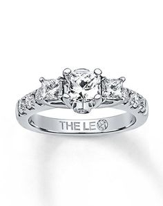 The Leo Diamond 991055106 Engagement Ring photo