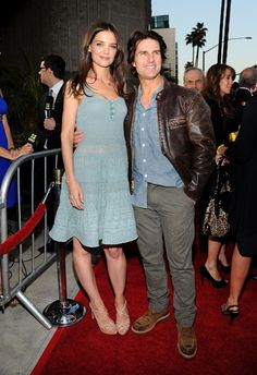Tom Cruise and Katie Holmes Are Divorcing After Five Years Of Marriage: BREAKING NEWS | Hot Topics#