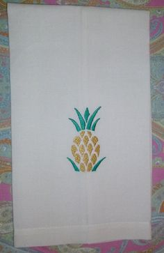 27 x 16 towel. Natural white 100% linen with pineapple embroidered on front. Wash in cold water, hang dry, and do not bleach. I ship USPS First