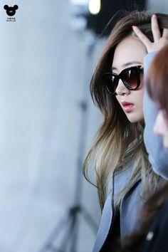 SNSD Yuri airport fashion may 2014 South Korean Girls, Korean Girl Groups, Perfect Nose, Airport Style, Airport Fashion, Kwon Yuri, Snsd, Girls Generation, Different Styles