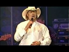 Country singer Tracy Lawrence