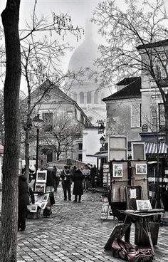 Place du Tertre, Monmartre - have been here and it is the essence of Paris _ love thins photo