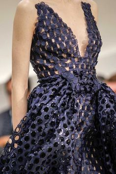 game-of-style: House Tully - Christian Dior Haute Couture spring 2014 Dior Haute Couture, Christian Dior Couture, Style Couture, Couture Fashion, Runway Fashion, Couture Details, Christian Dior 2014, Juicy Couture, Fashion Details