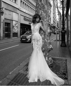Perfect dress, for the perfect bride! #Lizmartinez #Bridal #Perfection #Dreamday #Wedding
