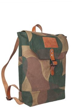 Atelier de l'Armée handcrafted bag 167. Build out of a Belgian Camouflage PGU tent mixed with 2 french army leather rifle sling handles and a deadstock japanese selvage denim inner pocket. For sale via Atelierdelarmee.com
