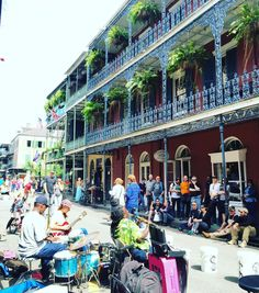 """Did you know most of the #FrenchQuarter was actually built under Spanish rule (and design) after 2 great fires in the late 1700s wiped out most of the colonial French architecture? It wasn't until even later & the Louisiana Purchase that immigrants from Italy Ireland Germany African counties Haiti and other """"foreign French"""" areas came in...making up the diverse culture seen here. #historylesson #neworleans  by katiematthews_"""