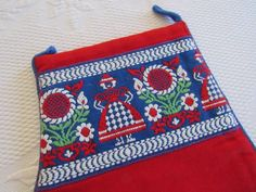 Vtg UNUSED Norway OVEN MITT Red Blue Green White TRADITIONAL COSTUME