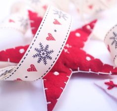 Snowflake Christmas Ribbon Article 13682 New For 2012 A natural coloured Rustic Taffeta ribbon in a choice of two widths 15mm or 25mm