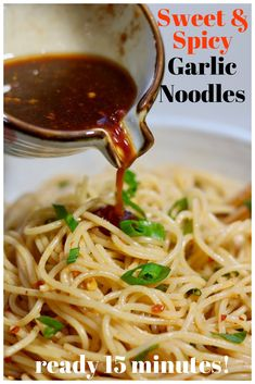 - Sweet & Spicy Garlic Noodles Sweet & Spicy Garlic Noodles are quick & easy, ready in 15 minutes. They're vegan and so tasty. The asian sauce has only 5 ingredients. It's the best quick noodle bowl. Vegetarian Recipes, Cooking Recipes, Healthy Recipes, Sweet Recipes, Vegetarian Asian Recipes, Easy Asian Recipes, Chickpea Recipes, Spicy Recipes, Asian Cooking