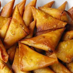 Appetizer Recipes, Appetizers, Portuguese Recipes, Food Court, Empanadas, Starters, Seafood, Stuffed Mushrooms, Food And Drink