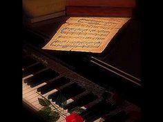 Muzyka zaczyna się tam, gdzie słowo jest bezsilne – nie potrafi oddać wyrazu; muzyka jest tworzona dla niewyrażalnego...   #beata #dencikowska #music #Musik #musica #mezzosoprano #mezzo #love #passion #art #clairdelune #debussy #piano #pianoforte #beautiful