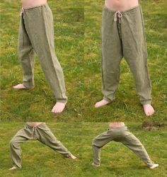 Simple linen viking pants. Hand sewn by Henrik Nordholm. https://www.facebook.com/pages/Henrik-Nordholm/254634504677319