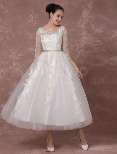 Vintage Hochzeitskleid kurze Brautkleid Tüll Spitze Applique halblangen Ärmeln Tee-Länge a-Linie Rezeption Brautkleid