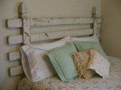 Love this using a fence as a headboard