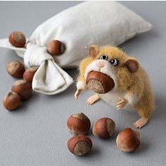 Cute Needle felted wool animal squirrel(Via @subscribers_favorite)