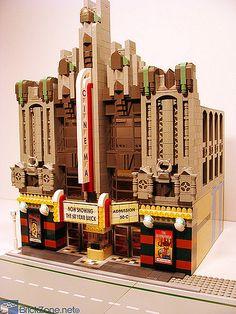 Lego Art Deco Cinema CityKin: Lego Goes Urban - What Others are Doing Casa Lego, Lego Structures, Lego Boards, Lego Modular, Lego Storage, Lego Design, Modular Design, Cool Lego Creations, Lego Architecture