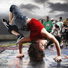 breakdance breakin bgirl killing it! Break Dance, Dance Comp, Teach Dance, Hip Hop Dance, Lets Dance, Dance Art, Parkour, Wow Photo, Arte Hip Hop