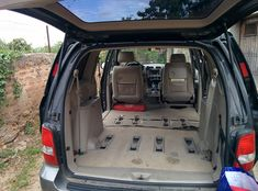 This intrepid camper added two variations of a bed to the rear of his mini van to make an affordable RV! Minivan Camping, Roof Storage, Chrysler Pacifica, Small Campers, Honda Odyssey, Diy Camping, Roof Rack, Campervan, Viajes