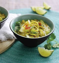 This delicious Hairy Bikers' Thai chicken and coconut curry recipe takes a classic dish and reduces the calories to turn it into a healthy family meal Tasty Noodles Recipe, Burmese Food, Burmese Recipes, Beef And Noodles, Chicken Noodles, Cooking Chicken To Shred, Low Calorie Dinners, Healthy Family Meals, Thai Chicken