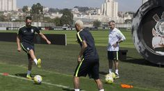 Neymar e Renato Augusto, treino seleção CT Joaquim Grava (Foto: Daniel Augusto Jr./ Agência Corinthians)