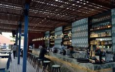 Ideas para decorar la barra de un bar