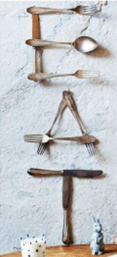 LOVE THIS IDEA!!!!!!!!!!!!! http://media-cache-ak0.pinimg.com/originals/d4/97/22/d49722dae1d64b6b17d72902a7d3d064.jpg