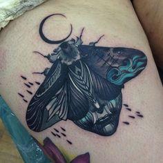 Lipa Andrzej, Moth Tattoo