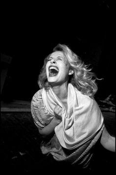 Bruce Gilden : Lost and Found - L'Œil de la Photographie Magazine Flash Photography, Candid Photography, Photography 2017, Photography Magazine, Vintage Photography, Magnum Photos, Coney Island, Image Mode, Street Portrait
