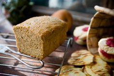 Recipe: Anadama bread || Photo: Andrew Scrivani for The New York Times