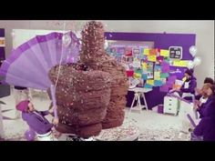 6,600-pound chocolate thumbs-up
