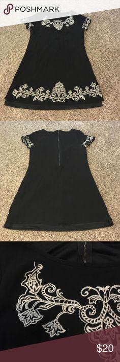 Dress Beautiful Lulus embroidered, lined, half zip mini dress. Never worn!! Size medium but definitely fits like a small or extra small. Lulu's Dresses Mini