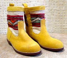 Handcrafted Moroccan White Kilim Boot in Yellow Suede - Size 38