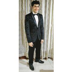 Ethnic wear that makes a statement #HappyCustomer #CustomersFeedback #CustomerSatisfaction #CustomerService #Wedding #IndianWedding #Reception #WeddingPictures #BestCollection #Suit #MensFashion #SuitAndStyle #Classic #Gentlemen #MensFashion #MensWear #MensStyyle #SuitUp www.manavethnic.com