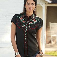 Red roses embroidered Western shirt   - my inner country girl wants