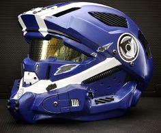 Motorcycle Helmets inspired by Video Games and Movies Halo 4 motorcycle helmet Custom Motorcycle Helmets, Custom Helmets, Motorcycle Gear, Monster Motorcycle, Bike Helmets, Women Motorcycle, Ducati Monster, Lego Halo, Halo Cosplay