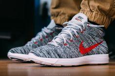 Nike Flyknit Chukkas