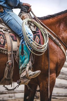 The most important role of equestrian clothing is for security Although horses can be trained they can be unforeseeable when provoked. Riders are susceptible while riding and handling horses, espec… Cowgirl And Horse, Cowboy And Cowgirl, Horse Riding, Cowboy Gear, Rodeo Cowboys, Real Cowboys, Western Riding, Western Art, Western Theme