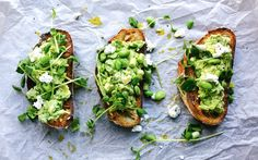 SMASHED AVOCADO ON SOURDOUGH TOAST WITH SOYA BEANS + GOAT'S CHEESE