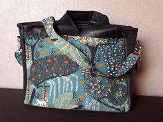 Sac Foxtrot cousu par Séverine - Patron Sacôtin Diaper Bag, Bags, Fashion, Sewing, Boss, Handbags, Moda, Fashion Styles, Diaper Bags
