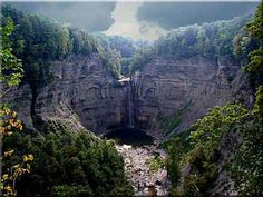 Taughannock Falls, Ithaca, NY, Upstate New York, Finger Lakes Region, Wine Country