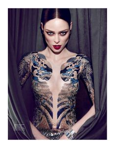 The Special Model – Following up the much talked about cover, we present the main editorial for Elle Brazil starring Coco Rocha. Photographed by Max Abadian with styling by William Graper,