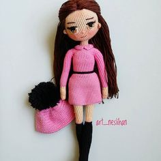 Minik sahibinin istediği model ve renklerden ortaya çıkan♥ pembe siyah... . . #amigurumiaddict #amigurumitoy #amigurumi #crochet #knit #doll#alize#handmade#örgü#örgübebek#amigurumidoll#pembe#ganchillo#virka #hook#bebek#oyuncak#like4like#instalike#villy_vanilly_shop #crochetdoll#elemeği