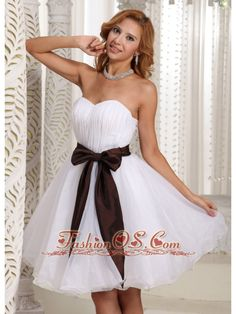 Simple Sash Sweetheart With Ruch Bodice Organza Knee-length Prom Dress For Summer