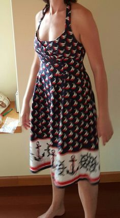 This nautical is bit outside my usual style, but I love the fit through the top and the general shape of the dress. Plus the dress has pockets!