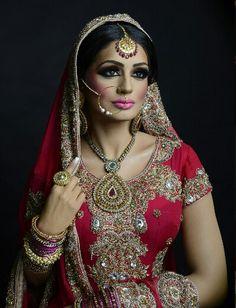 Naeem Khan makeup!