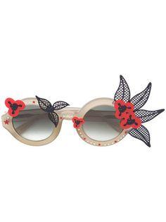807f3df7f59 Linda Farrow Floral Motif Round Sunglasses - Farfetch