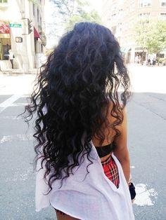 .love the hair!
